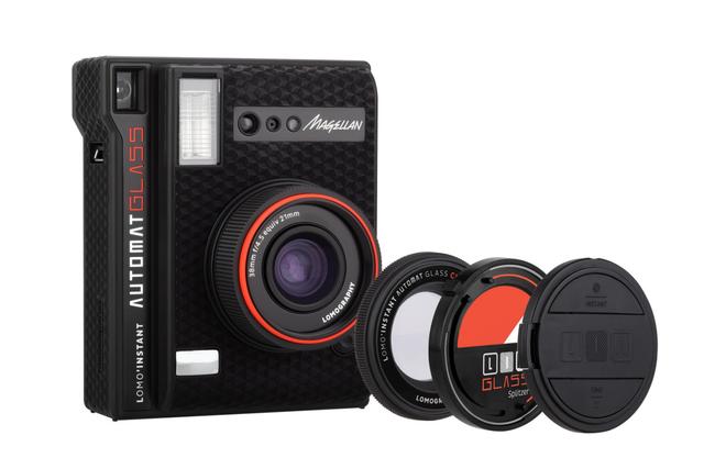 更宽的成像画面 Lomography发布新款即时成像相机