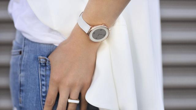 最懂女人心不止是姨妈巾 这些手表能让女性更美