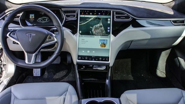 【老司机开车】为啥特斯拉这么牛 更新系统就能提速