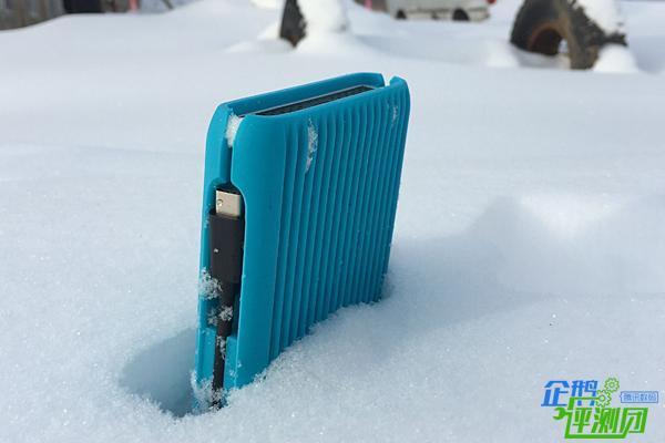我带着i-Matrix户外硬盘去雪乡转了一圈
