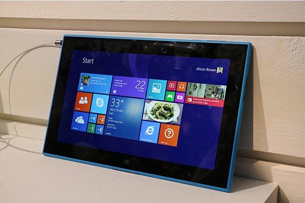 诺基亚Lumia 2520体验 设计完胜微软Surface