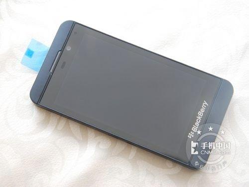 BB10系统2GB运存 黑莓Z10劲爆冰点价