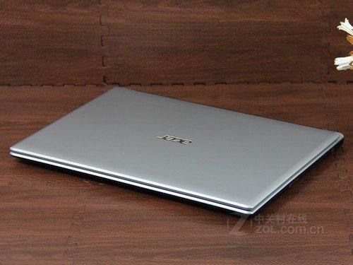 Acer V5-471G月光银 外观图