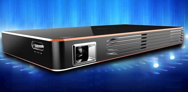投美C800智能投影仪发布 功能丰富携带方便