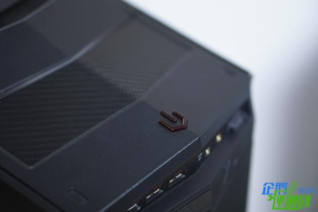 游戏狂魔评GTX1080 SLI强机微星宙斯盾钛3