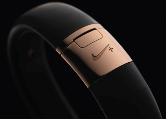 Nike + FuelBand SE推出土豪金配色限量發售