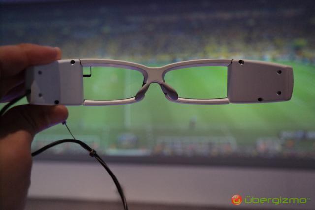索尼展出智能眼镜原型机 支持游戏功能