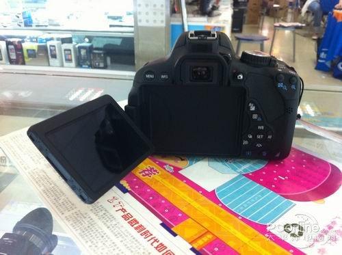 d套机价格_搭配防抖镜头佳能60D套机售价7780元组图