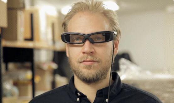 索尼发布SmartEyeGlass智能眼镜演示视频
