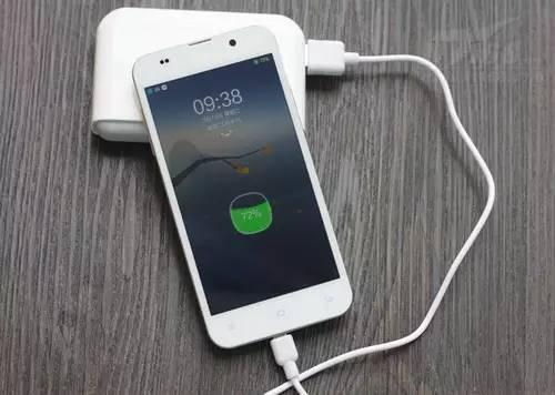充电整晚到底会不会伤害手机电池?