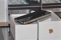 iPhone 4机身右侧仅有Micro-Sim卡槽