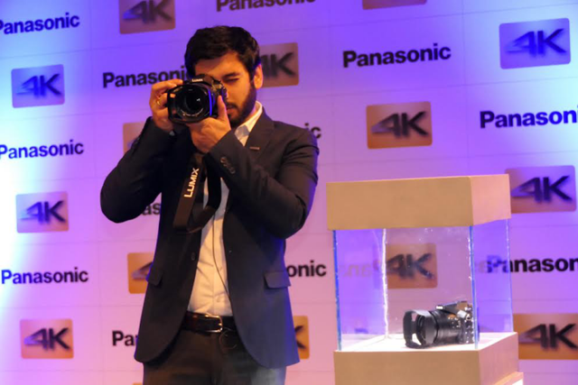 松下4K无反相机上市 20倍光学变焦可拍快/慢动作