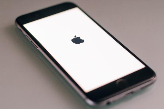 改装版iPhone不会被窃听 但价格够朕买十年辣条