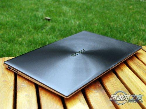 入门超极本新选择 华硕UX32A Zenbook评测