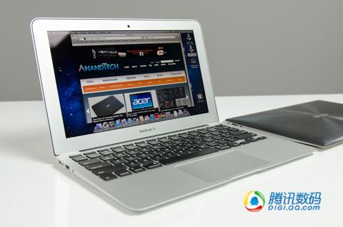 屏幕直观对比:11寸华硕超极本PK新Air
