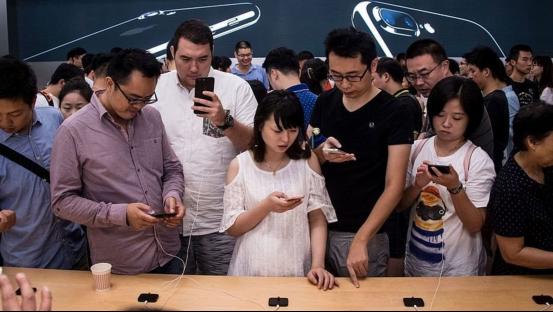 不怕吓着你 中国iOS用户一季度花20亿美元在App上