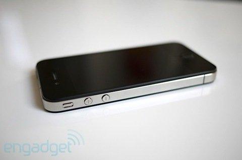 港行Apple苹果iPhone 4 16G非定制机 3999元