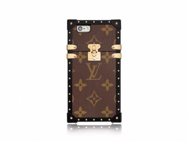 LV推定制版手机壳 售价可买五台皇帝版iPhone 7 Plus