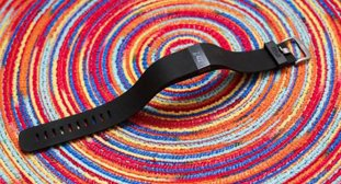 ���Fitbit Charge HR���� �������ٮٮ��