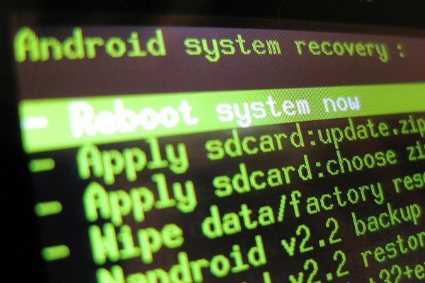 我要问数码:为什么Android手机系统升级慢?