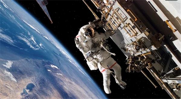 看看宇航员都是怎么健身的 这器材咱们也能get