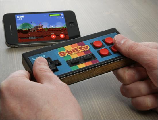 ThinkGeek推出iPhone和安卓专用8位复古游戏手柄