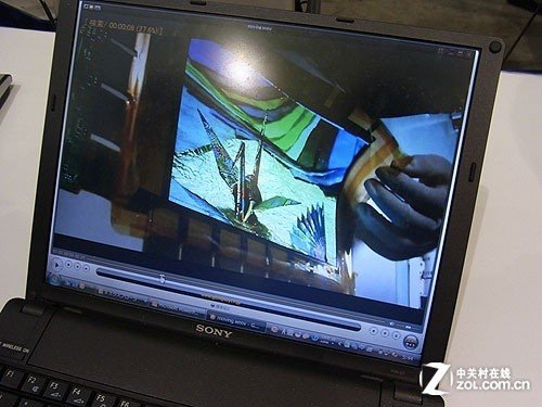 索尼开发9.9寸柔性OLED屏 发起大屏挑战