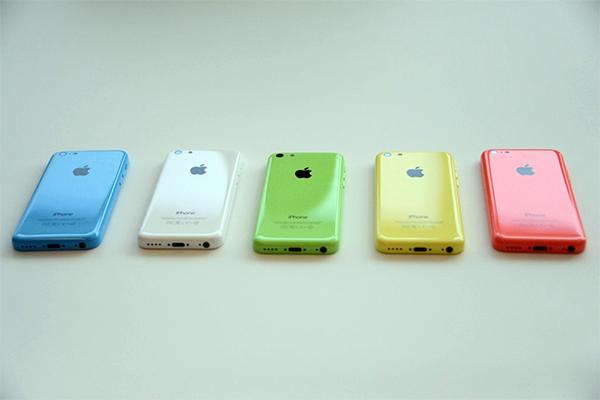 """iPhone 5C:一部仍需卖肾的""""廉价""""手机"""