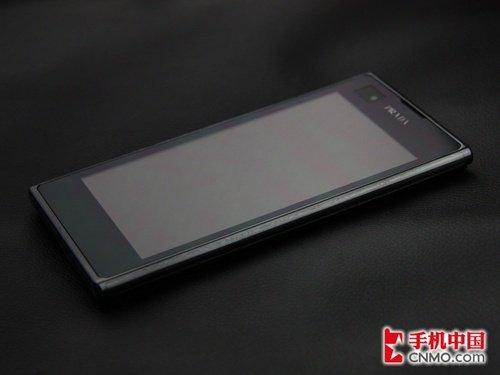 时尚双核智能强机 LG Prada 3.0评测