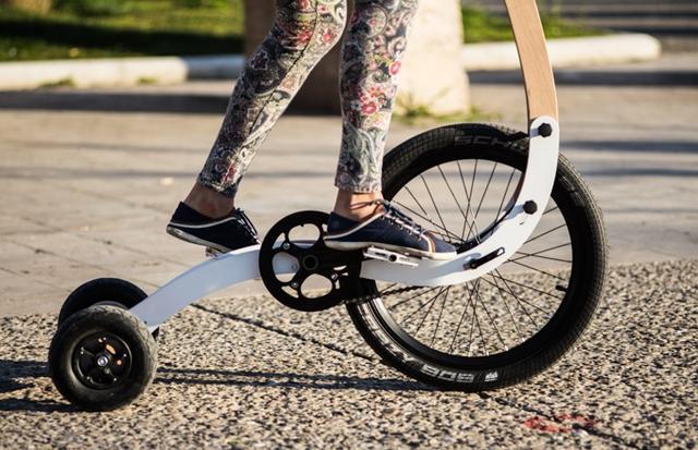 你在逗我 卖2000多还没坐垫的自行车怎么骑?