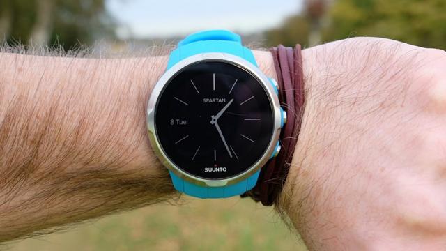 松拓Spartan Sport上手:一款很优雅的运动手表