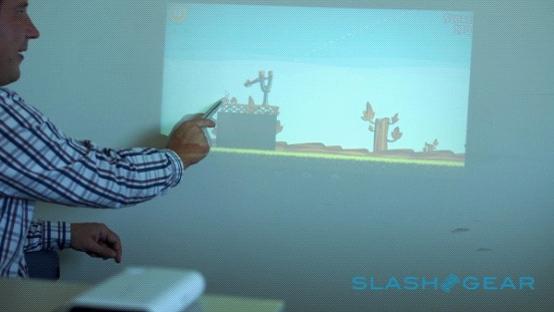 TouchPico:可直接在墙壁上投影的智能投影仪