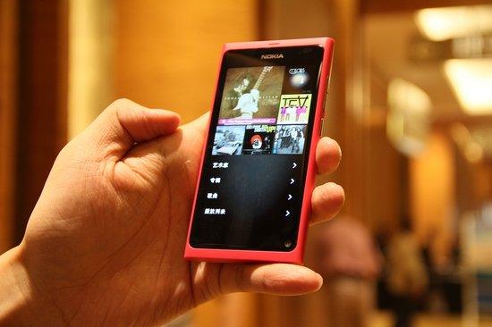 诺基亚N9 美丽外表下的野兽般拍照性能