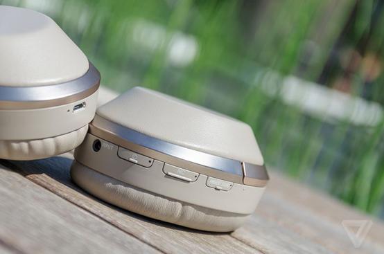 索尼推头戴耳机新品 可保留人声过滤杂音