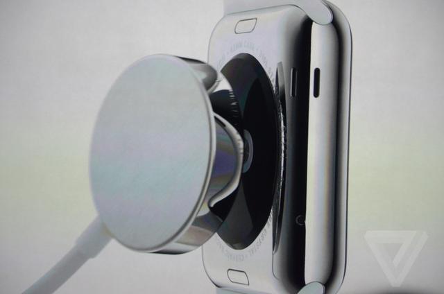 Apple Watch配备蓝宝石屏幕 支持无线充电