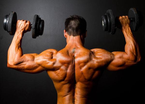 【玩儿法】健身房离家10公里 如何坚持锻炼?