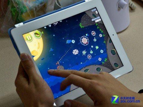 新iPad抢先试玩:愤怒的小鸟太空版