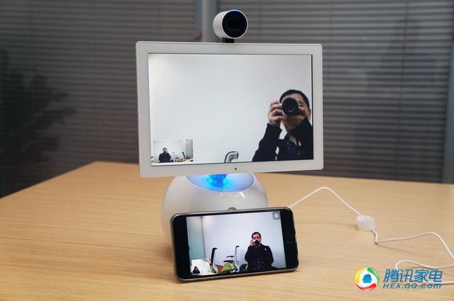 小鱼在家陪伴机器人评测 操作简单功能待扩展
