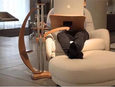 """你离""""躺着赚钱""""就差一个电脑桌!"""