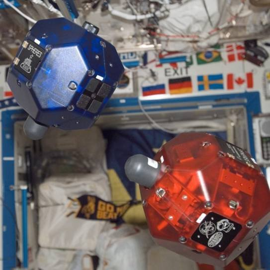 谷歌和NASA将在国际空间站测试SPHERES机器人
