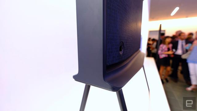 三星Serif TV试玩 这电视适合简洁的瑞典人