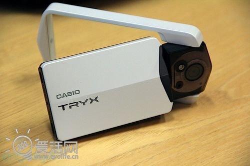 各种体位都能行 卡西欧TRYX转屏相机试玩