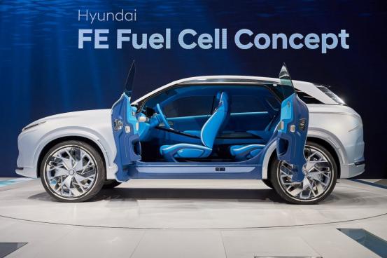 这辆车的燃料燃烧可转换成水 还能用来加湿内室