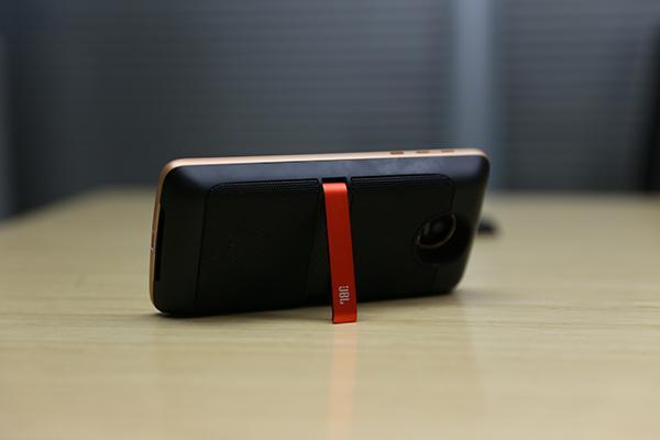 【玩儿法】2000元买个手机配件是种怎样的体验?