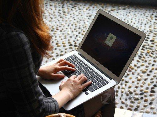 13英寸国行 苹果MacBook Air本11230元