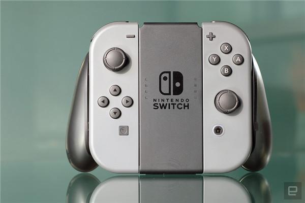 任天堂Switch外媒评测汇总 掌机变主机这很酷