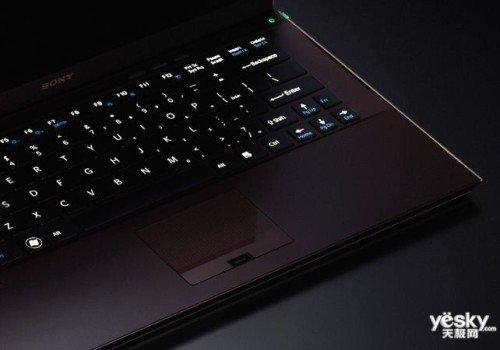i5芯配固态硬盘本 索尼Z215超薄本12999元