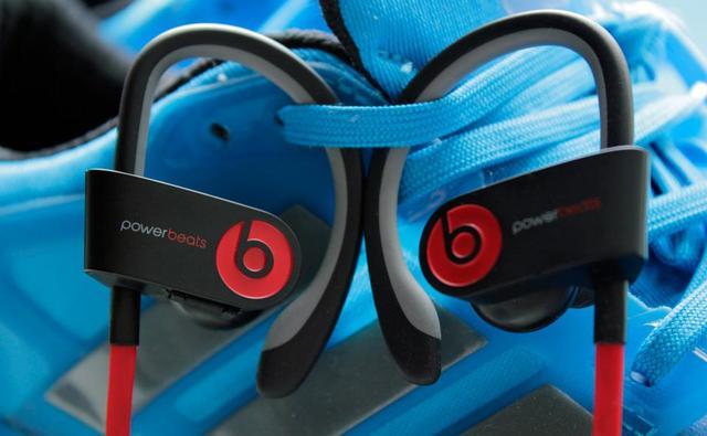 Beats全新無線入耳式耳掛Powerbeats2上手