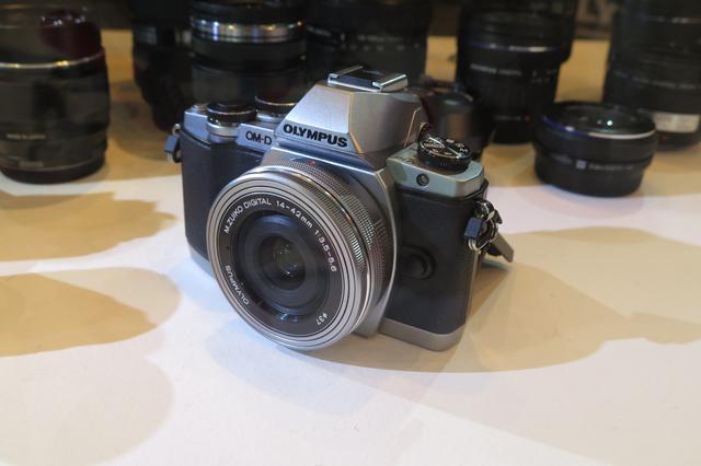 奥林巴斯多款新品发布 50倍光变鹰眼相机亮相