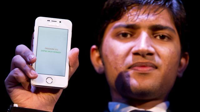 印度24元智能手机遭质疑:真的还是假的?